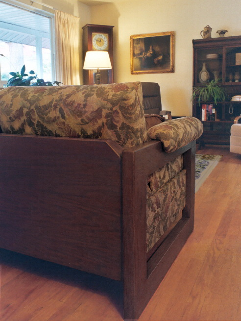 modern sofa wood arm, Maryland model
